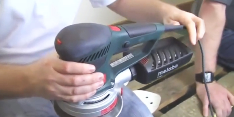 Metabo MPTSXE425 Random Orbit Sander in the use