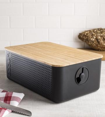 Review of BODUM Bread Box with Bamboo Cutting Board