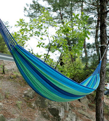 Review of Anyoo AY-Stripe Outdoor Cotton Hammock Portable with Carrying Bag