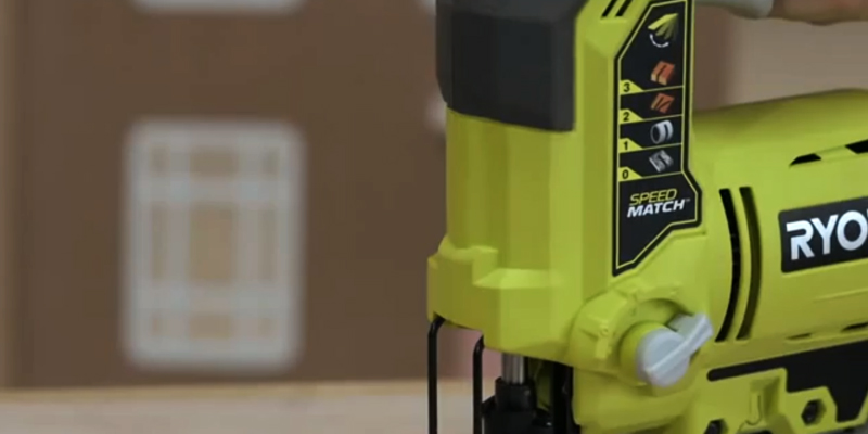 Ryobi R18JS-0 ONE+ Jigsaw with LED in the use