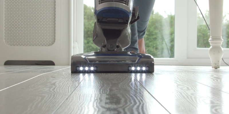 Review of Shark NV601UK Upright Vacuum Lift-Away