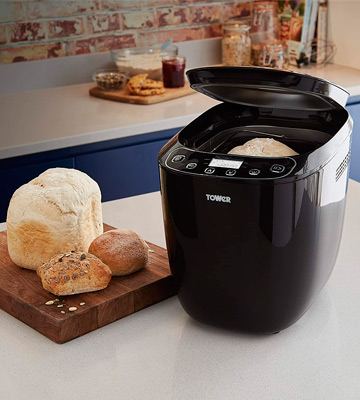 Review of Tower T11003 Digital Bread Maker with 12 Automatic Programs