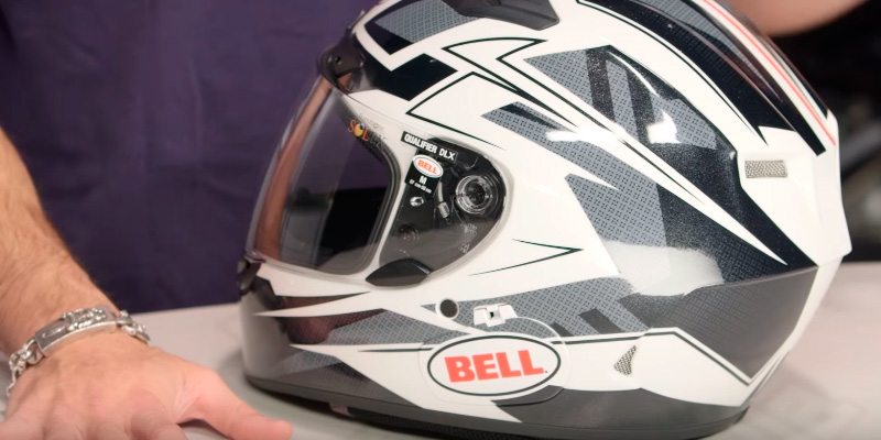 Review of Bell Qualifier DLX Clutch