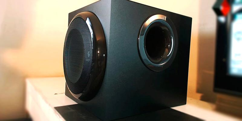 Logitech Z906 5.1 Surround Sound Speaker System in the use