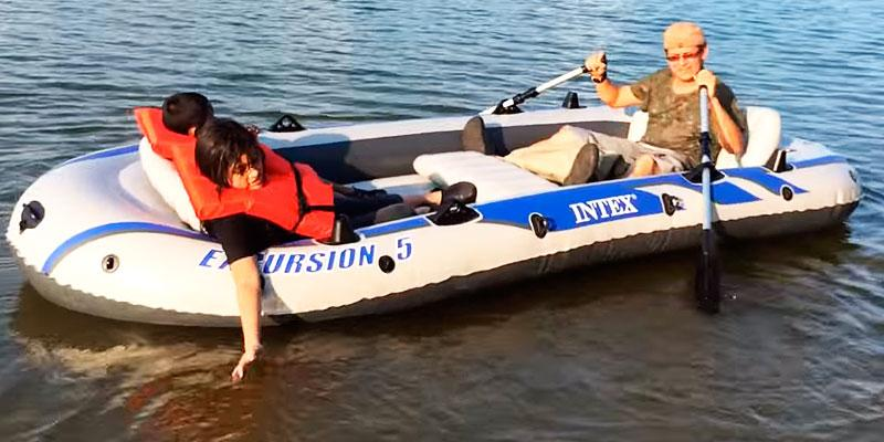 Review of Intex Excursion 5 with Aluminum Oars and High Output Air Pump