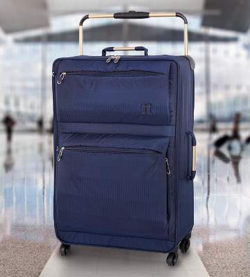 Review of IT Luggage World's Lightest Four Wheel Spinner Suitcase (Medium)