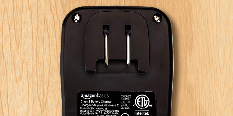 AmazonBasics Battery Charger With USB Port in the use