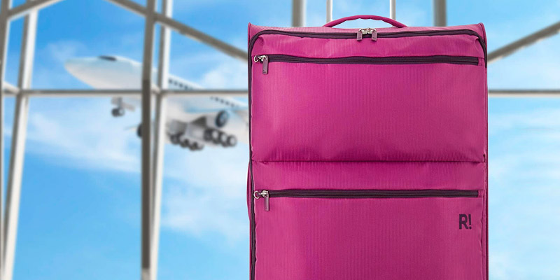 Review of Revelation Weightless D4 4 Wheel Spinner Suitcase (Large)