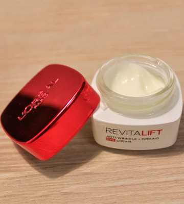Review of L'Oreal Paris Revitalift Pro Retinol Anti-Wrinkle Eye Cream