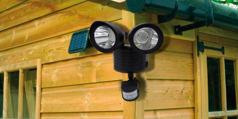 Solalite Solar Motion Sensor Security Light in the use