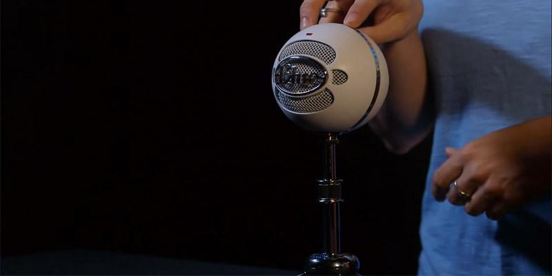 Blue Snowball Ice USB Microphone - White in the use