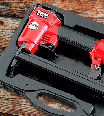 Review of Clarke International CSG1C Air Stapler Gun