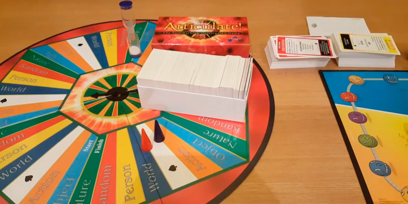 Review of Drumond Park Articulate-The Fast Talking Description Board Game