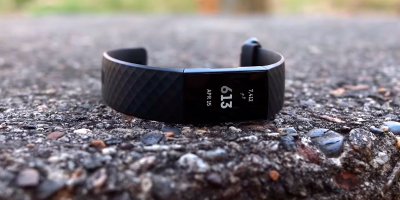 Review of Fitbit Charge 4 Fitness Tracker with GPS