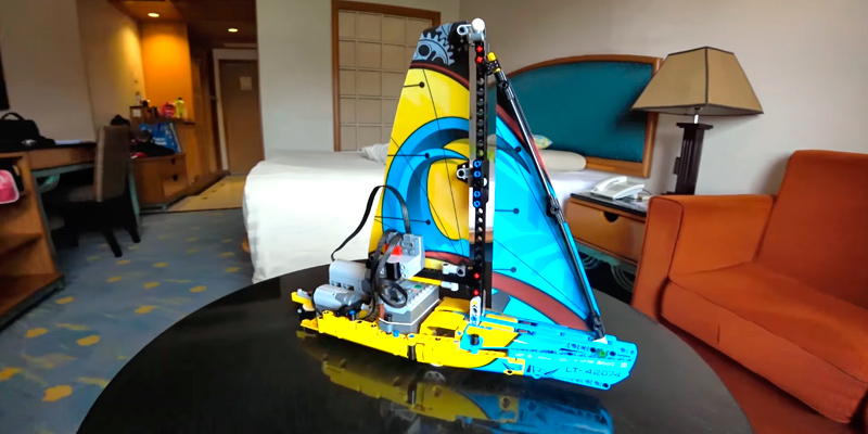 Review of LEGO 42074 Technic Racing Yacht Toy