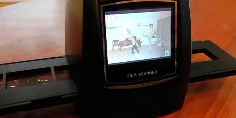 Review of DIGITNOW! Film/Slide scanner 5M/10M Stand alone, 1800DPI high resolution