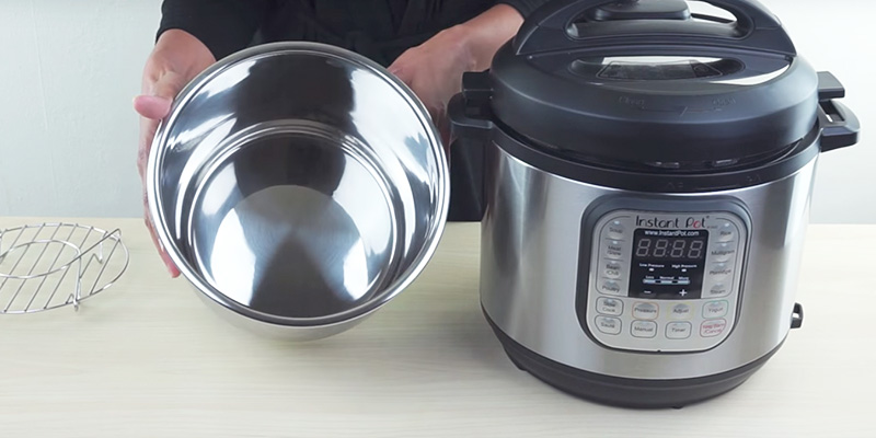 Detailed review of Instant Pot IP-DUO60 Pressure Cooker