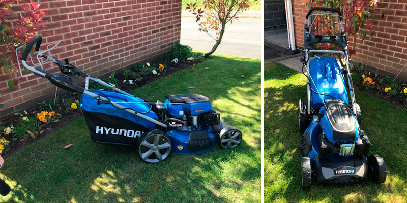 Hyundai HYM510SPE Petrol Lawn Mower in the use