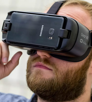 Review of Samsung Gear Gen 2 Virtual Reality (UK Version)