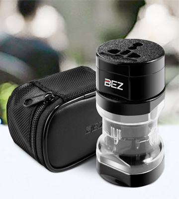 Review of BEZ A0100 Universal Plug Adapter
