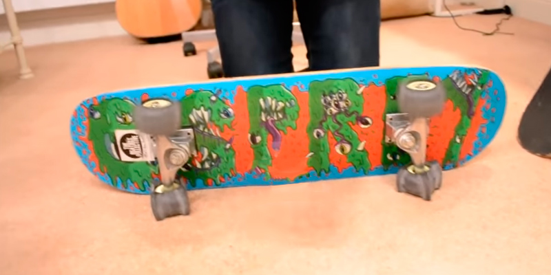 Review of Osprey 31 Inches Beginners Double Kick Trick Skateboard