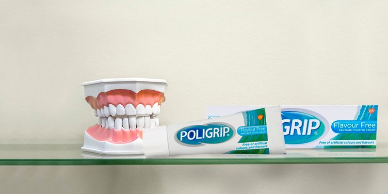 Review of Poligrip 6-Pack Fixative Cream Denture Adhesive