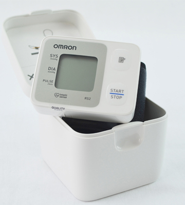 Review of Omron RS2 Wrist Blood Pressure Monitor