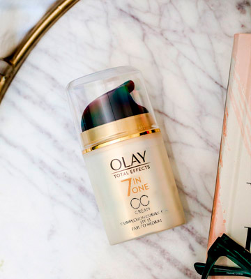Review of Olay 7-in-1 Anti-Ageing CC Cream Moisturiser