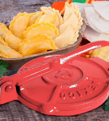 Review of MexGrocer Tortilla Press Red
