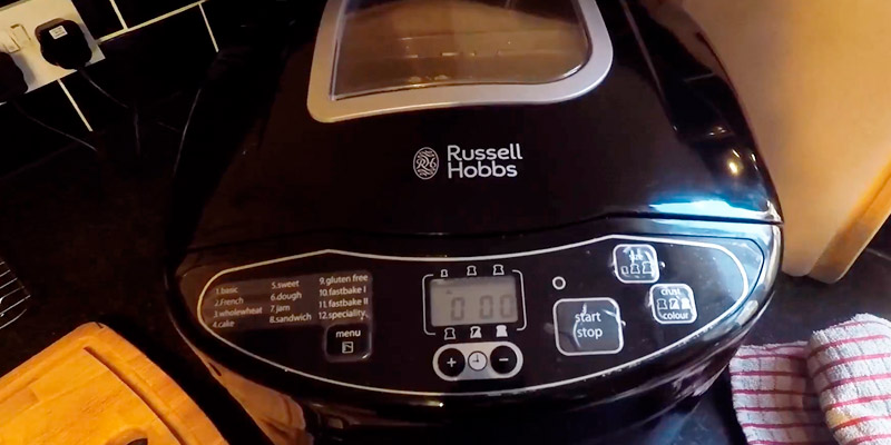 Russell Hobbs 23620 Compact Fast Breadmaker in the use