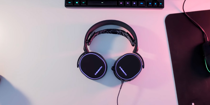 Review of SteelSeries Arctis 5 Gaming Headset for PC and PlayStation 4
