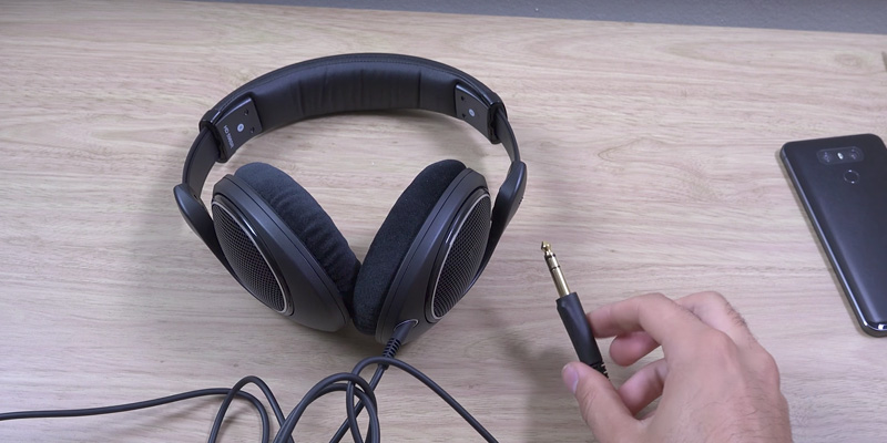 Sennheiser HD 598SR in the use