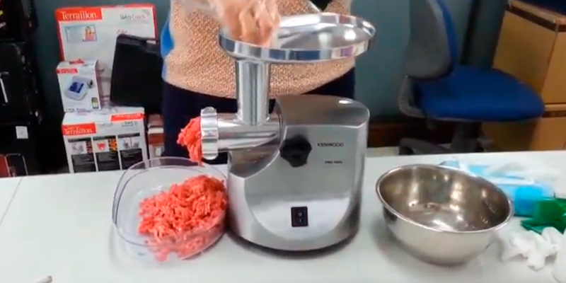 Review of Kenwood MG510 Meat Grinder