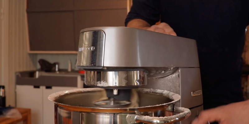 Kenwood Chef KVC3100W Stand Mixe in the use
