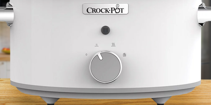 Crock-Pot CSC038 DuraCeramic Saute Slow Cooker in the use