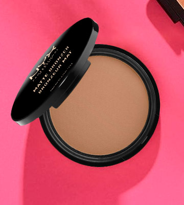 Review of NYX Professional Makeup Matte Body Bronzer Pressed Powder, Shimmer Free, Vegan Formula