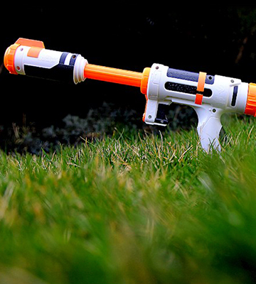 Review of Hasbro Bottle Blitz Super Soaker