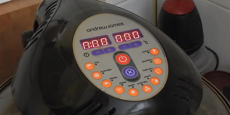 Andrew James AJ-686GD Digital Halogen Oven in the use