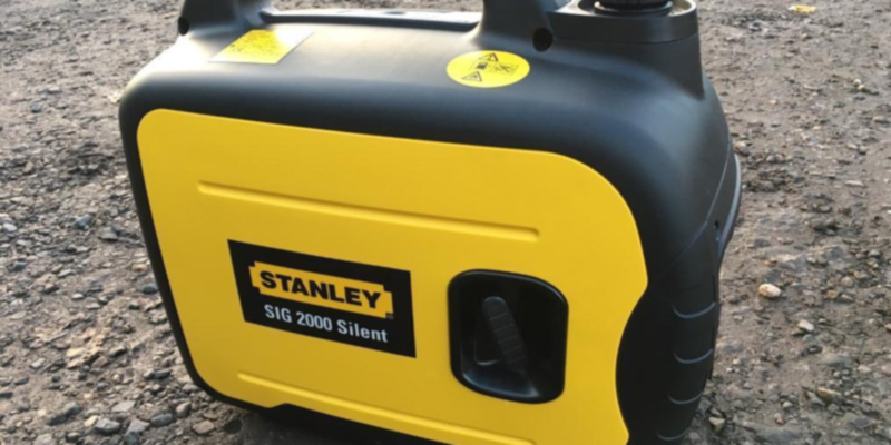 Stanley 2000W-SILENT 2kW Suitcase Generator in the use