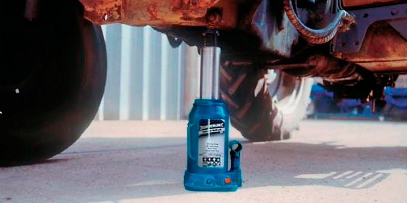 Review of Silverline 457050 6-Tonne Hydraulic Bottle Jack