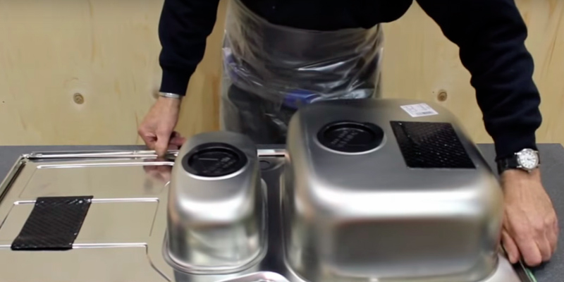 Astracast Stainless Steel Kitchen Sink in the use