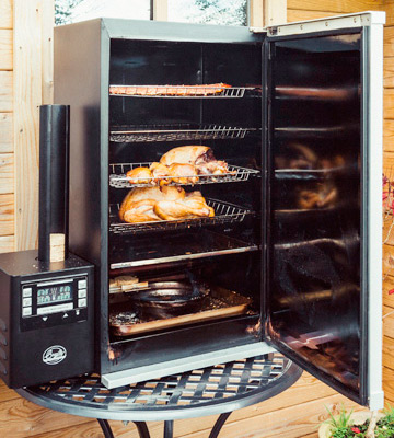 Review of Bradley BTD576CE 4 Rack Digital Smoker