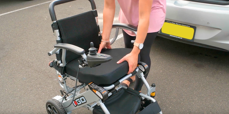 Pride Mobility i-Go Folding Portable Powerchair in the use