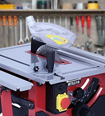 Review of Lumberjack BTS210 Bench Top Table Saw