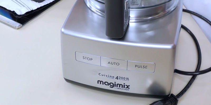 Magimix 4200XL Food Processor in the use