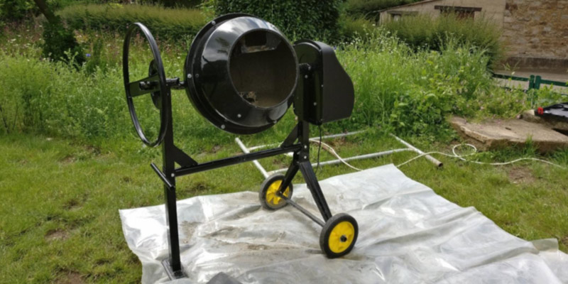 Dirty Pro Tools Professional Cement Mixer 80l With Stand And Wheels 240V 350W Portable in the use