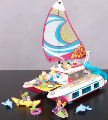 Review of LEGO 41317 Friends Sunshine Catamaran
