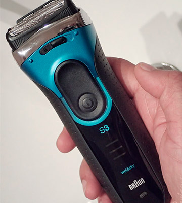 Review of Braun 3080s Series 3 ProSkin Wet and Dry Electric Shaver