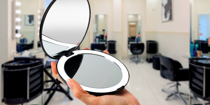 Review of Fancii 1X/10X Magnification LED Lighted Travel Makeup Mirror