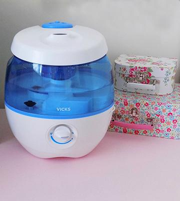Review of Vicks VUL575 Sweet Dreams Cool Mist Humidifier with Image Projector
